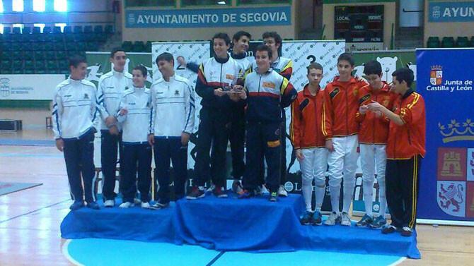 Cto España M15 - Podium Espada Masculina Equipos