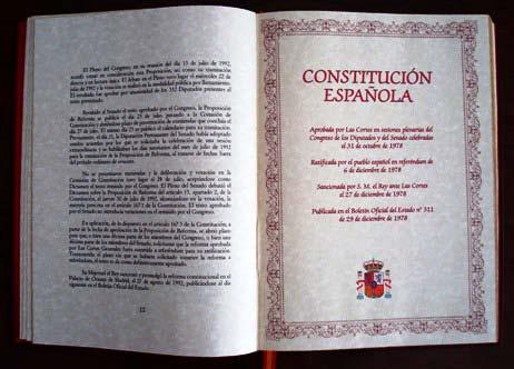 EJEMPLAR DE LA CONSTITUCIÓN ESPAÑOLA DE 1978