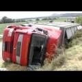 Dos muertos al volcar un camión sobre un grupo de ciclistas en Navarra