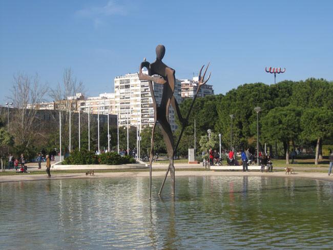 escultura-estanque-jardin-del-turia-cac