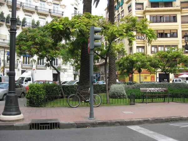 plaza-de-canovas-valencia