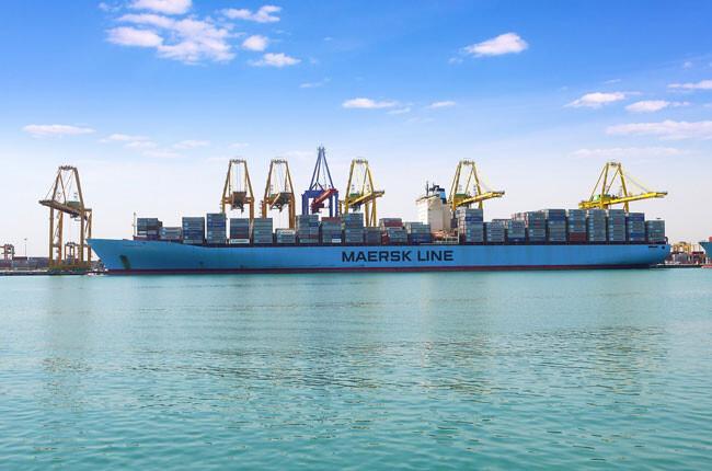 puerto-de-valencia-buque-portacontenedores