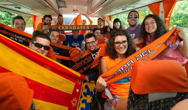 valencia-basket-aficion-autobus