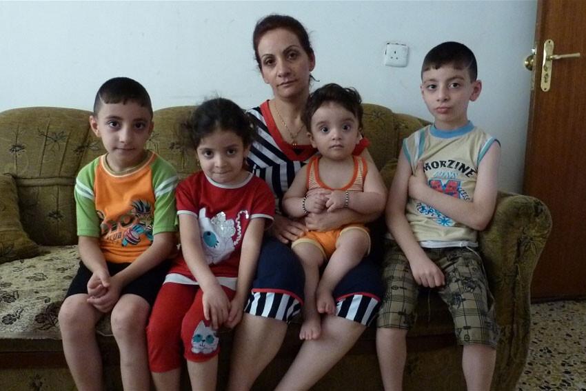 Familia cristiana desplazada por la violencia en Iraq Foto: IRIN/Louise Redvers