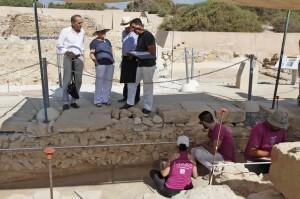 080714 visita excavaciones lucentum