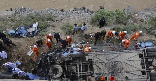 44 muertos tras caída de autobús en el Tíbet