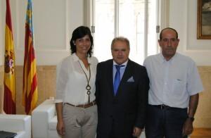 Alfonso Rus junto a la alcaldesa de Chelva