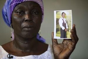 Hace cuatro meses el grupo terrorista secuestró a más de 200 niñas en el norte de Nigeria. (AP Photo/Sunday Alamba File)