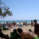 Reobrin al bany les quatre platges de Benicàssim tancades per la presència d'E.coli