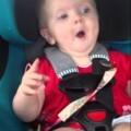 Cómo deja  un bebé de llorar con Katy Perry y la canción Dark Horse