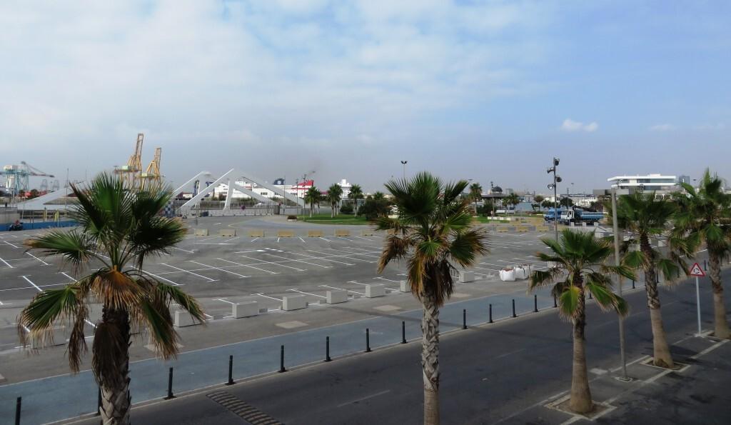 nueva zona parking Marina norte