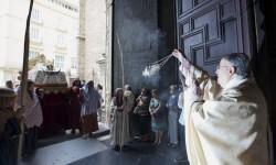 procesion-misa-asuncion-catedral-vgutierrez5