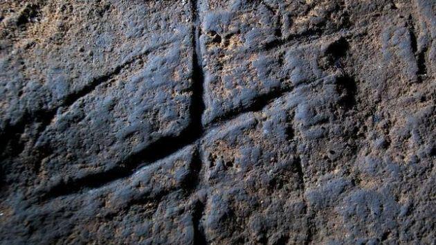 Descubren-grabado-realizado-por-neandertales_image671_405