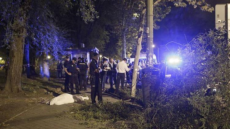Fallece un hombre en Madrid golpeado por la rama de un árbol