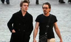 Indio Downey y su padre, Robert. (helpingparents)