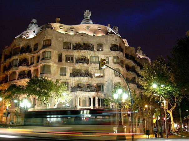 La-Pedrera-(Barcelona,-España)