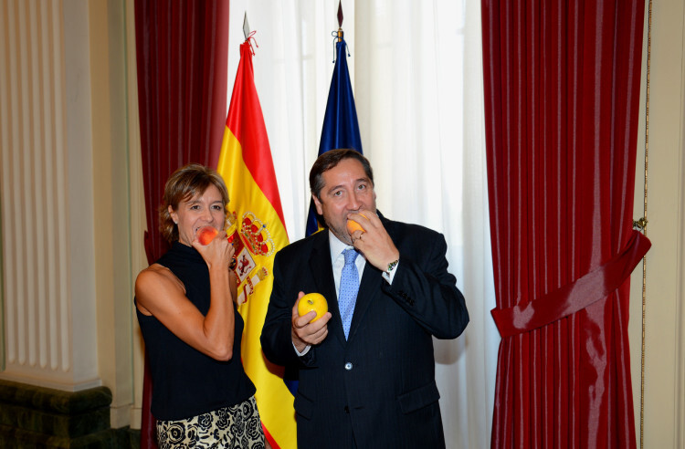 Ministra Y Consejero Cataluña 1_tcm7-342451_noticia