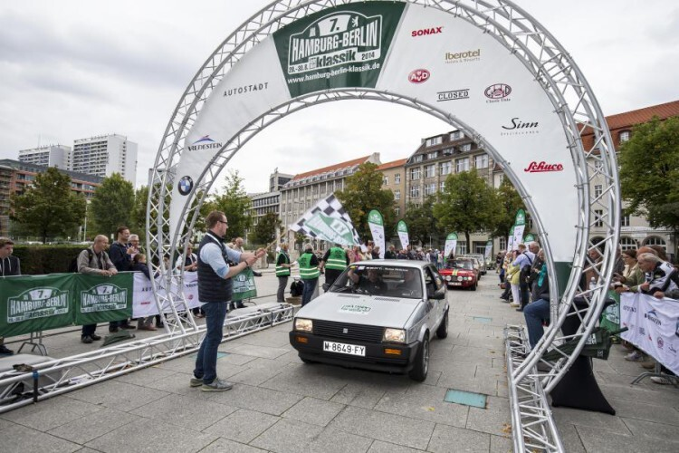 SetRatioSize900650-1.-SEAT-Ibiza-1.5-GLX-en-el-Hamburg-Berlin-Klassik-2014