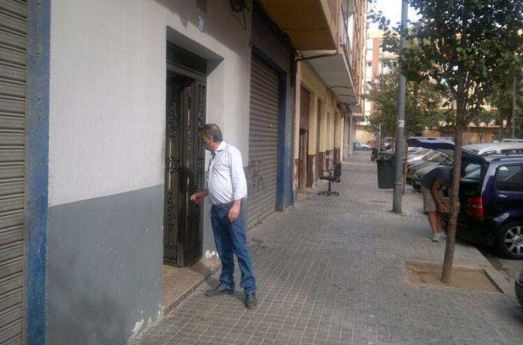 patio-marxalenes-entrada-policial