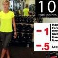 12-Video-te-pide-seguir-una-serie-de-ejercicios-fisicos