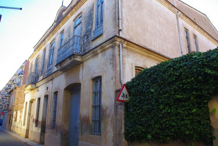 141228 Antiguo colegio Público en Carpesa IMGP0516