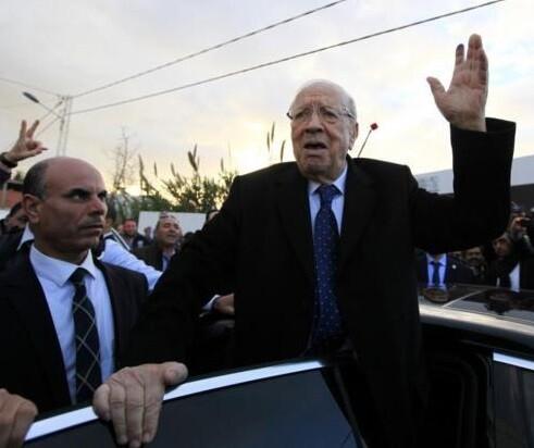 Caid Essebsi, líder del partido Nidaa Tunis se declara ganador de las elecciones. (Foto-AFP)