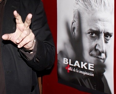 Detalle de la mano de Anthony Blake y su poder de ilusiones mentales. (Foto-VLCNoticias)