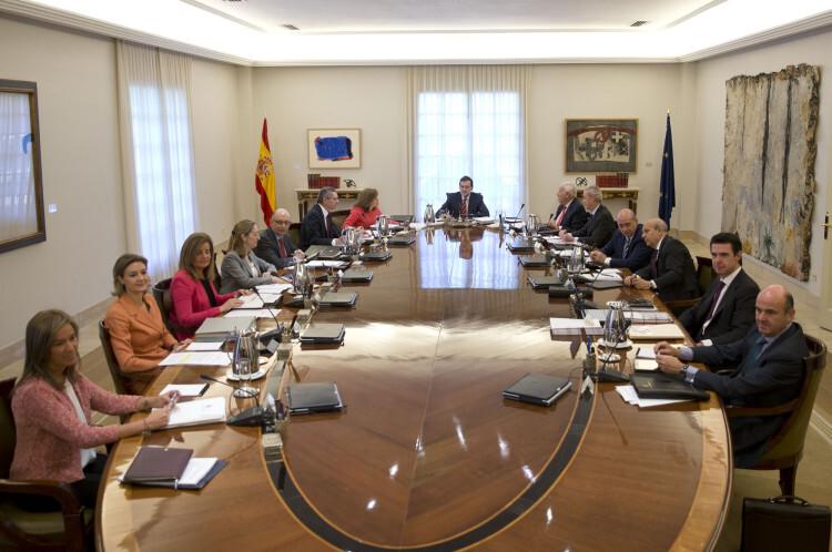 Foto-oficial-del-nuevo-Consejo-de-Ministros-del-Gobierno-de-España2