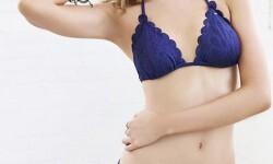 Fotos sensuales de Stella Maxwell en bikini (2)