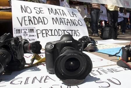 Homenaje a los periodistas muertos durante 2014. (Foto-Agencias)