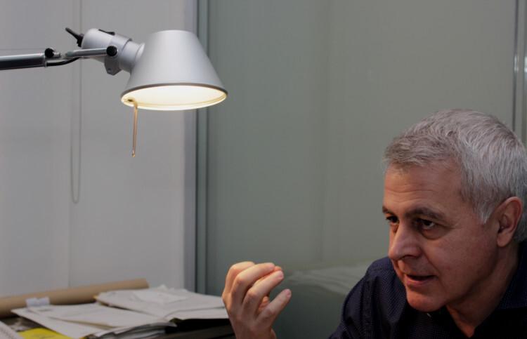 Juan Soto Martínez comenta las líneas maestras  sobre las que el PSPV-PSOE trabaja. (Foto-VLCNoticias)
