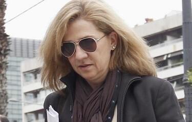 La infanta Cristina de Borbón a la salida de su trabajo. (Foto-Agencias)