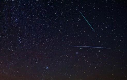 Lluvia de meteoritos durante las Perseidas 2011 (Foto-NASA)