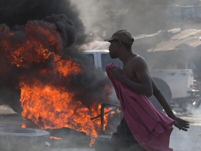 Los disturbios recorren todo el país y la capital vive una difícil situación. (Foto-Agencias)