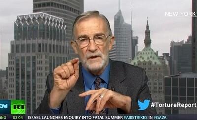 Ray McGovern comenta en la TV las torturas aplicadas por la CIA en Oriente Medio. (Foto-RT)