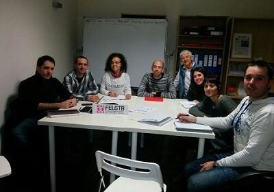 Reunión de la formación Podemos, en la jornada de hoy, con representantes de FELGTB (Foto-Podemos) - copia
