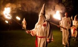 Reunión de miembros del Ku Klux Klan en la actualidad en la zona Sur de EE.UU. (Foto-Agencias)