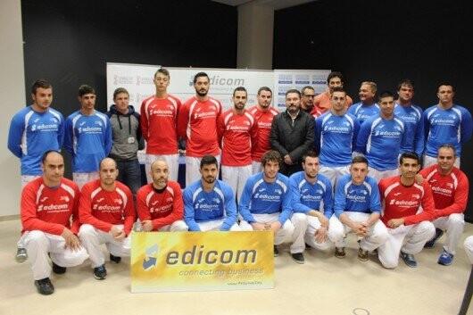 Tots els jugadors de les primeres finals del Edicom en carrer