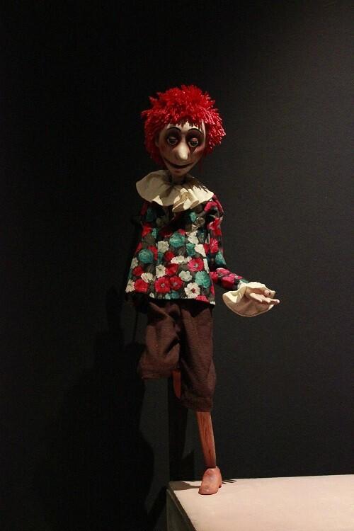 Uno de los muñecos de la exposición. (Foto-VLCNoticias)