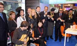 camps-stand-fitur-2005