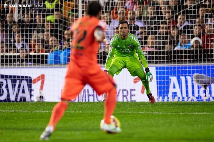 Liga Valencia CF v FC Barcelona Nov 30