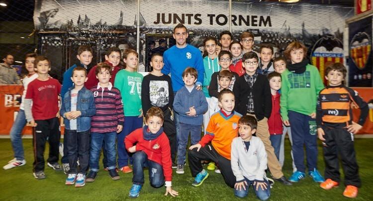 Stand del Valencia CF inaguracion Expojove 26 Diciembre