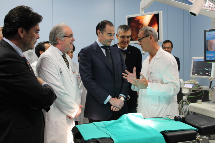 150107_NP_DS_Alicante_visita_conseller_qx_infantil_Hospital_Alicante-1