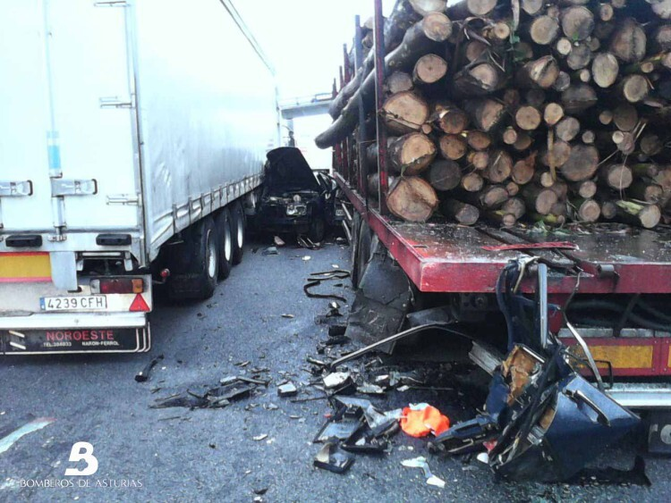 2015.01.30 ACCIDENTE DE TRAFICO EN COAÑA 6