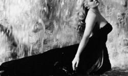 Anita Ekberg en una mítica imagen de 'La dolce vita'.