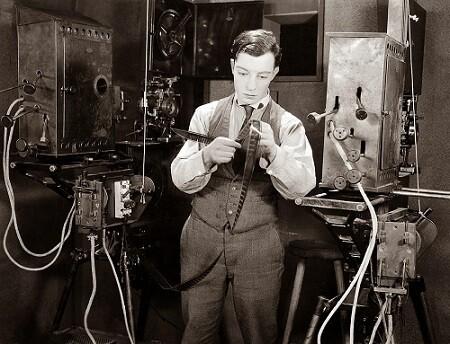 Buster Keaton dirige e interpreta  esta genial película.