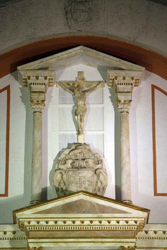 Retablo reformado de la parroquia Cristo Rey. San Vicente (Foto: Alberto Sáiz / AVAN)