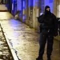 Cuerpos especiales de seguridad vigilan las calles. (Foto-AP)