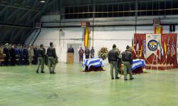 Despedida de los restos mortales de los pilotos griegos fallecidos en el accidente de Albacete (6)