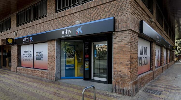 Foto 1 Oficina CaixaBank Imagen Valencia CF